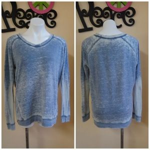 Green Tea Blue Distressed Long Sleeve Top Size L